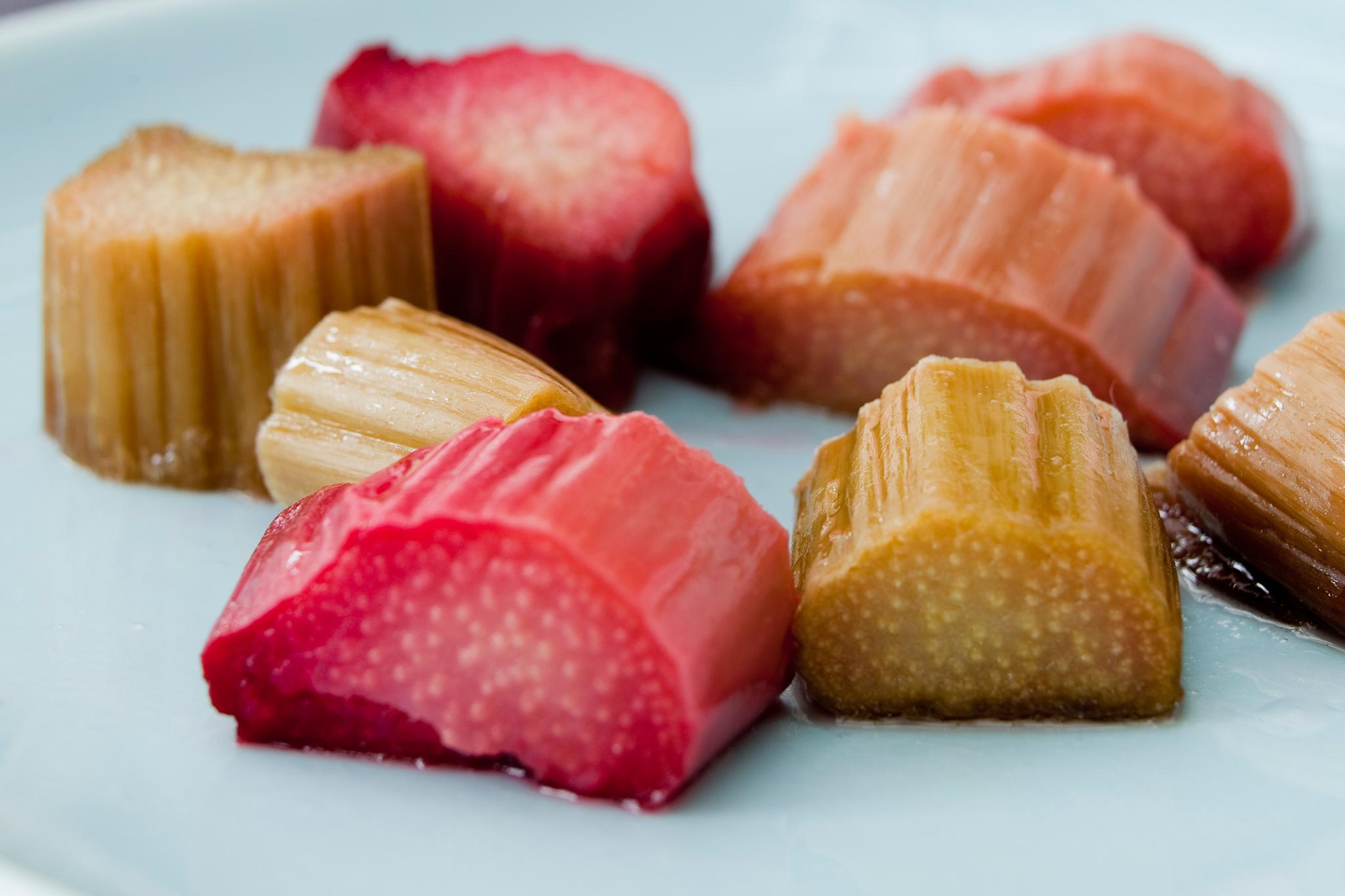 cooked-rhubarb-chunks-2