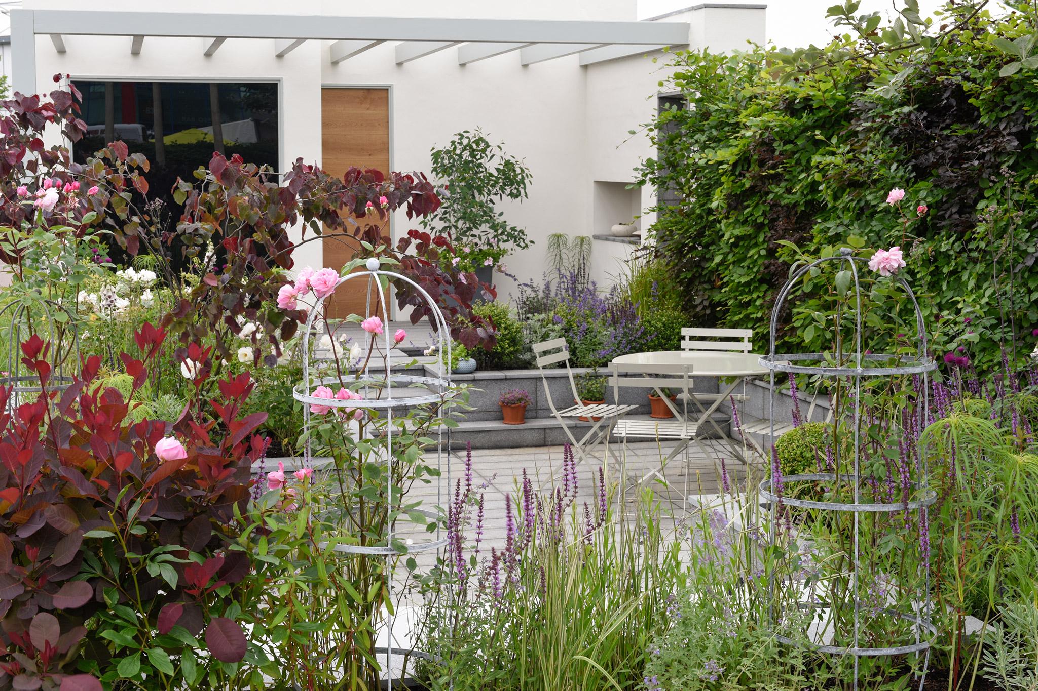 show-garden-at-bbc-gardeners-world-live-2
