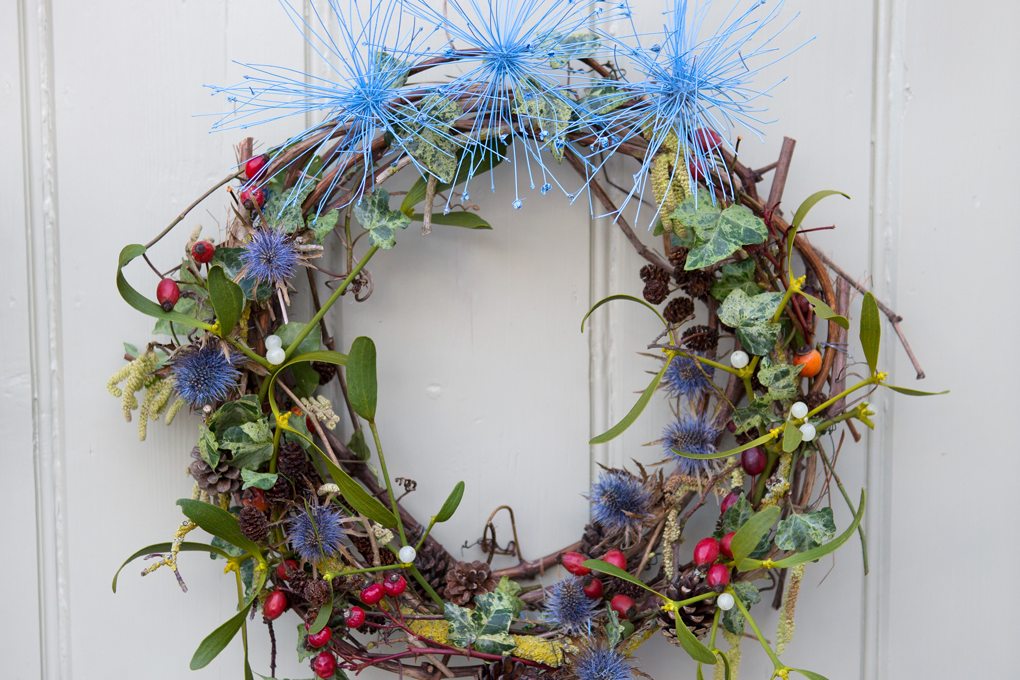 Mistletoe and sea holly Christmas wreath