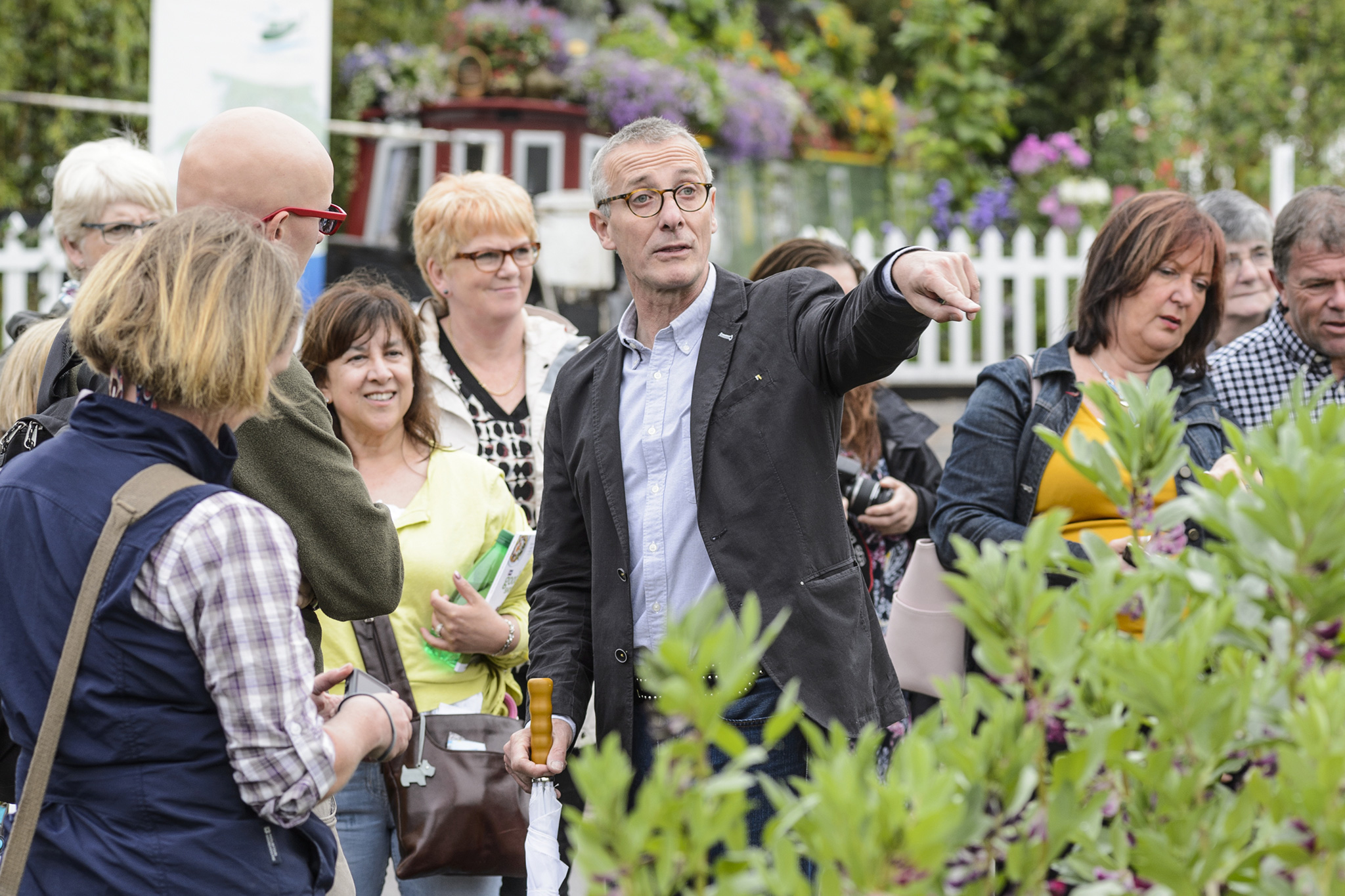 walks-and-tours-at-bbc-gardeners-world-live-2
