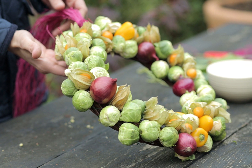 Brussel sprout Christmas wreath NFG video