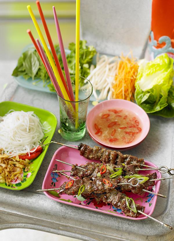Vietnamese lemongrass beef platter