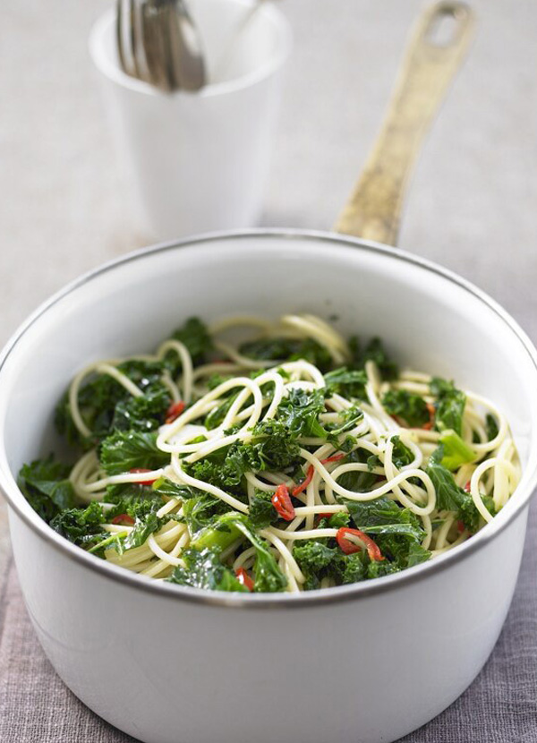 Pasta with kale, garlic and chilli recipe