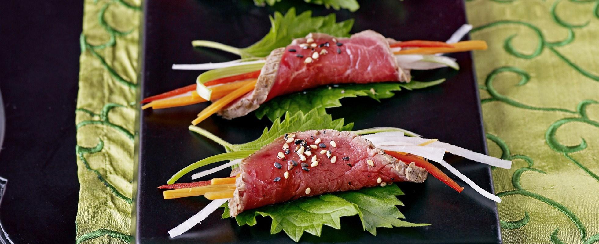 Beef tataki rolls
