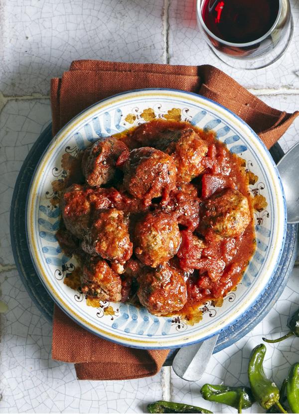 Smoky Albondigas Spanish Meatballs Recipe