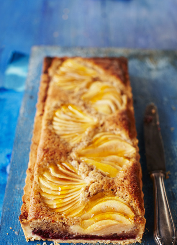Pear and hazelnut Bakewell