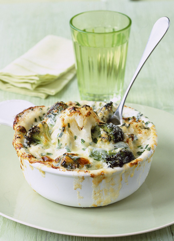 Cauliflower, broccoli and mature cheddar cheese gratin