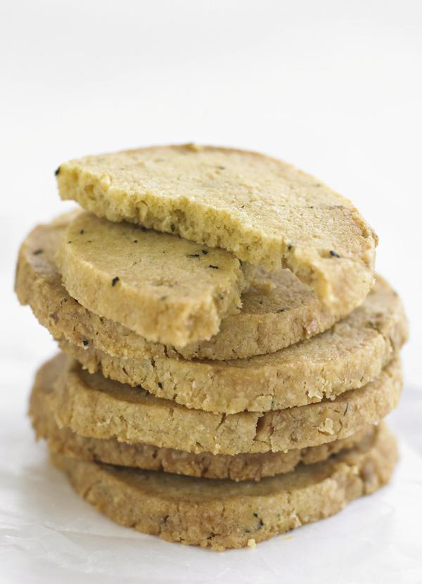 Rosemary and Walnut Shortbread Recipe