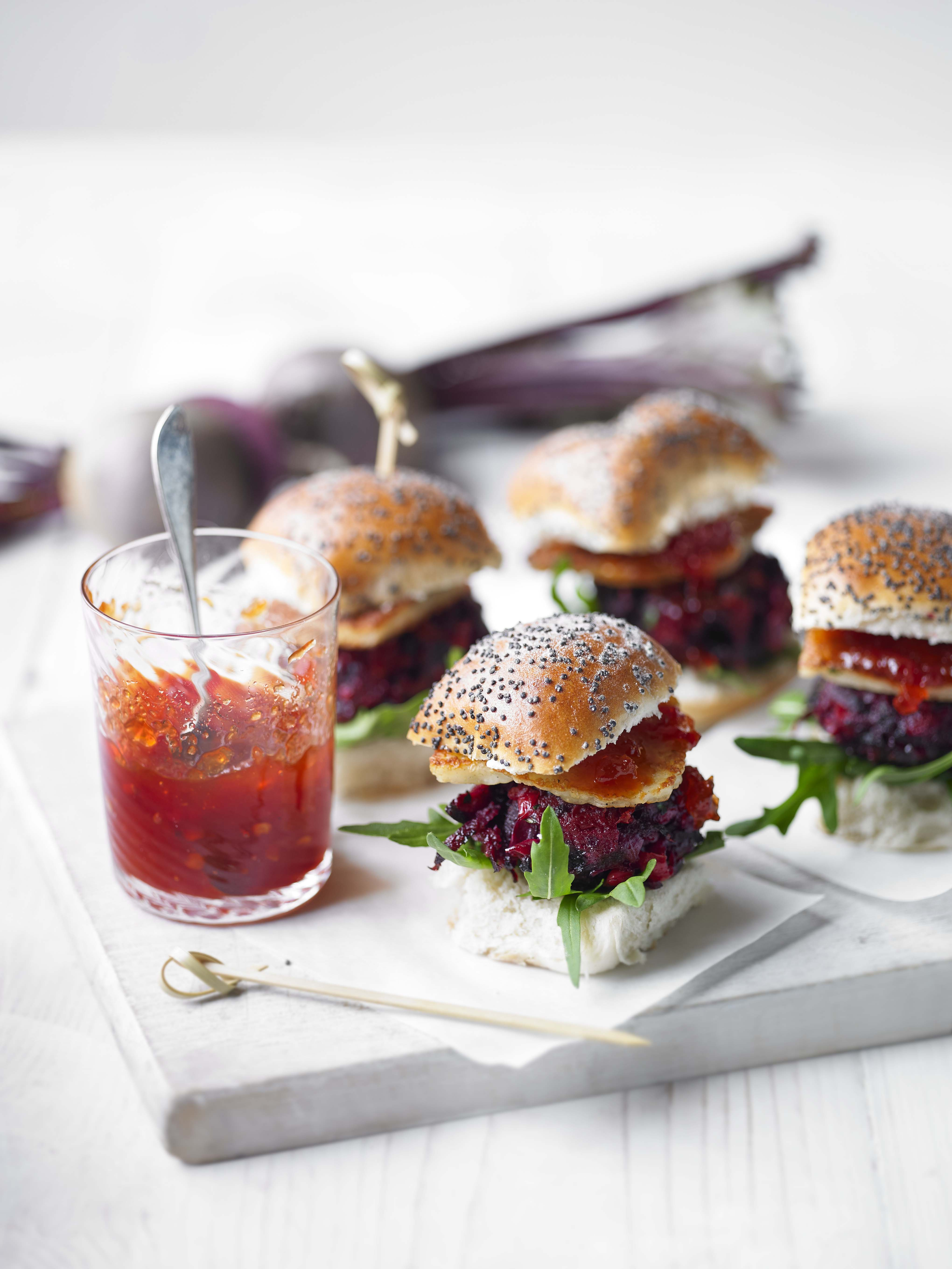 Veggie Burger Sliders | Halloumi Burger with Beetroot