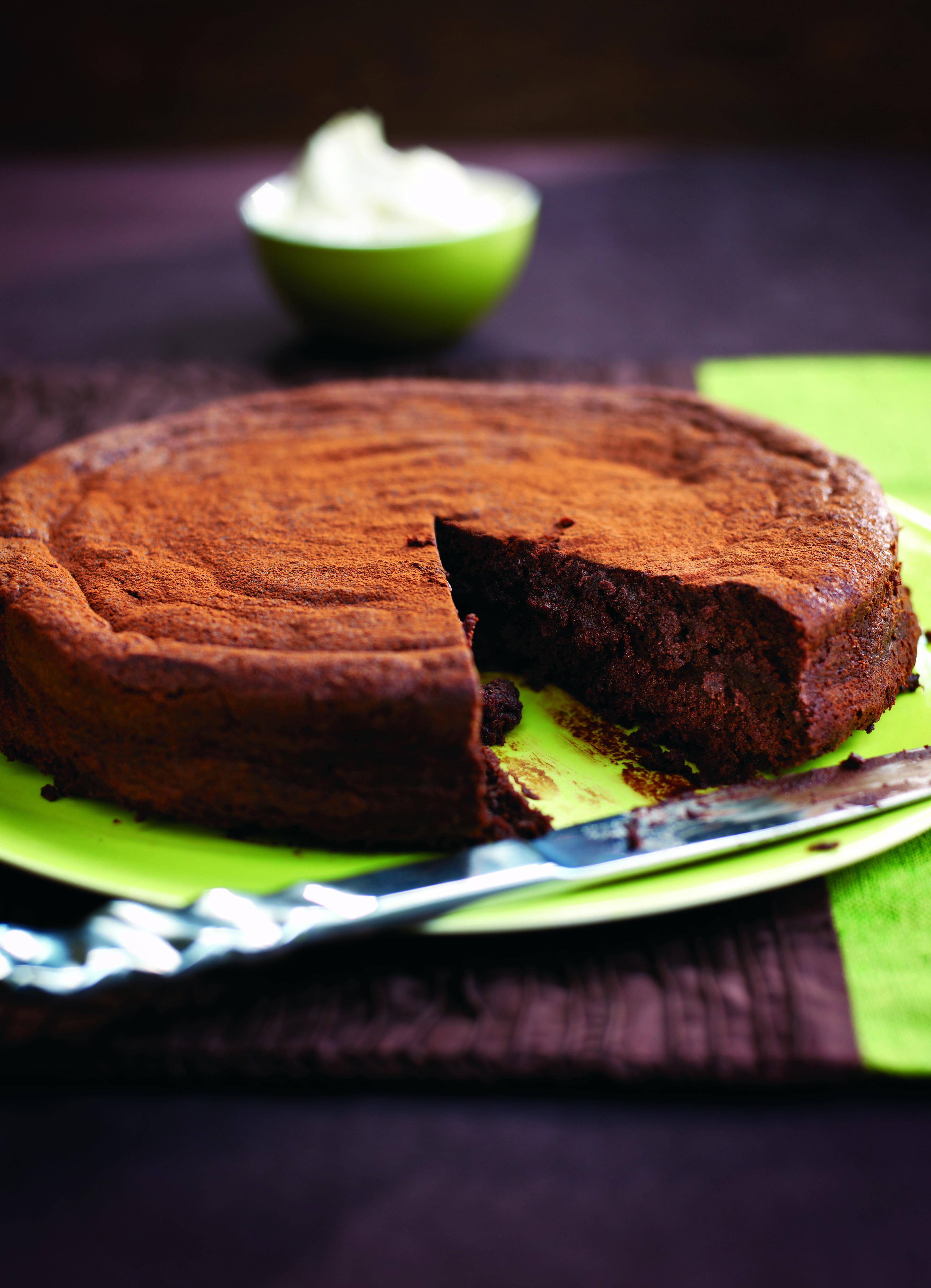 Chocolate Truffle Cake Recipe With Amaretto Cream