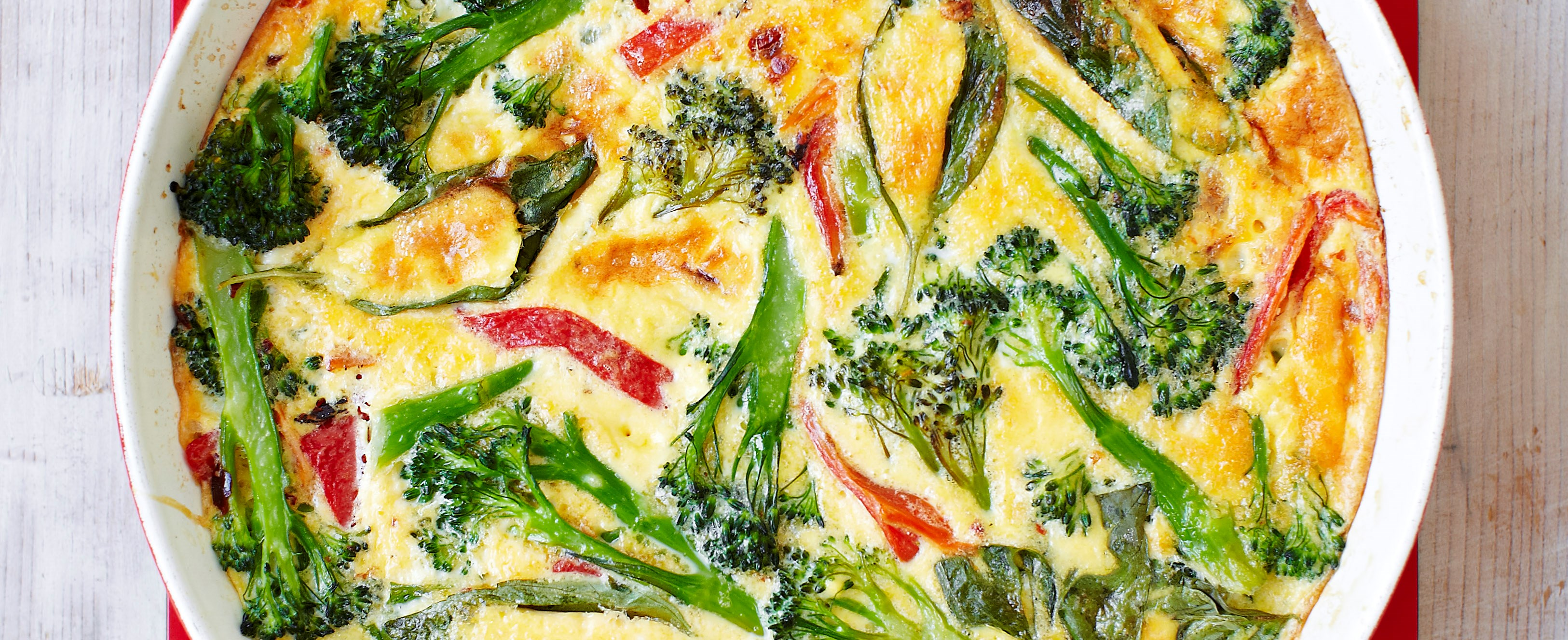 Broccoli and roasted red pepper frittata recipe - olive