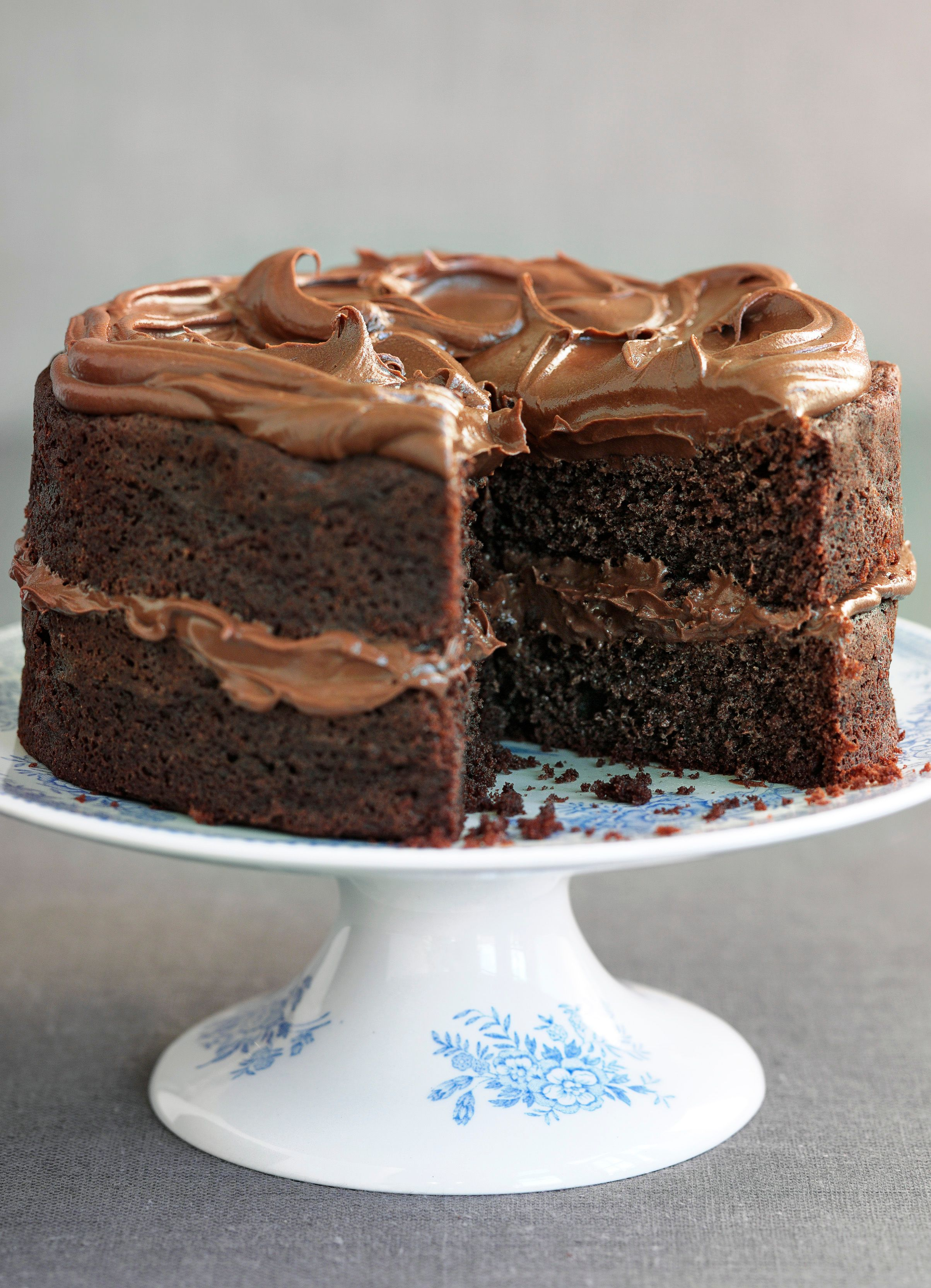 Easy chocolate fudge cake recipe olive magazine for Simple chocolate fudge cake