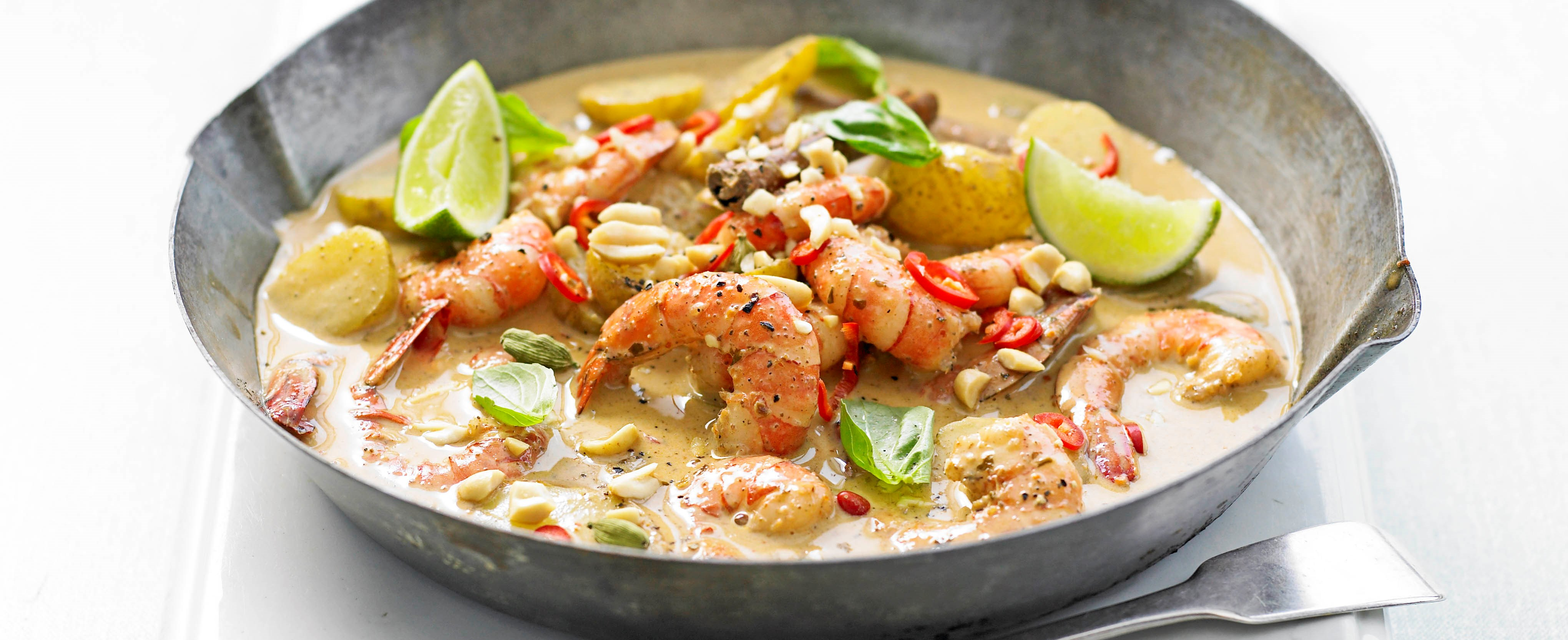Prawn massaman curry