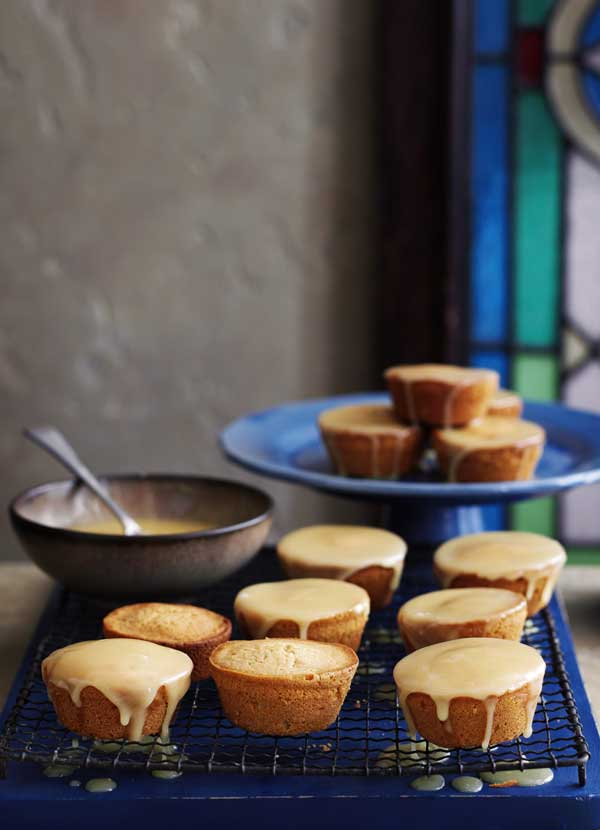 Sticky Honey Cakes Recipe