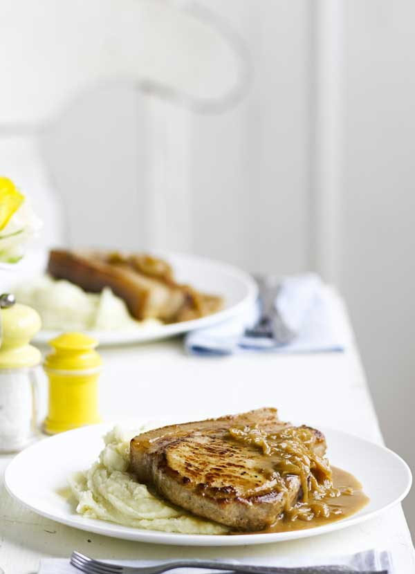 Pork chops with apple mash
