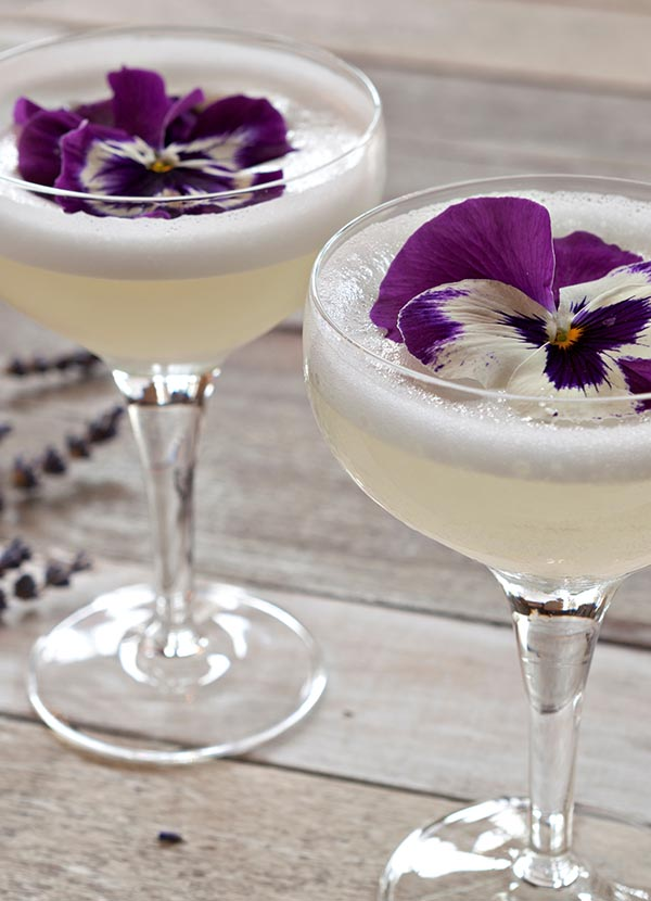 Gentian white lady cocktail