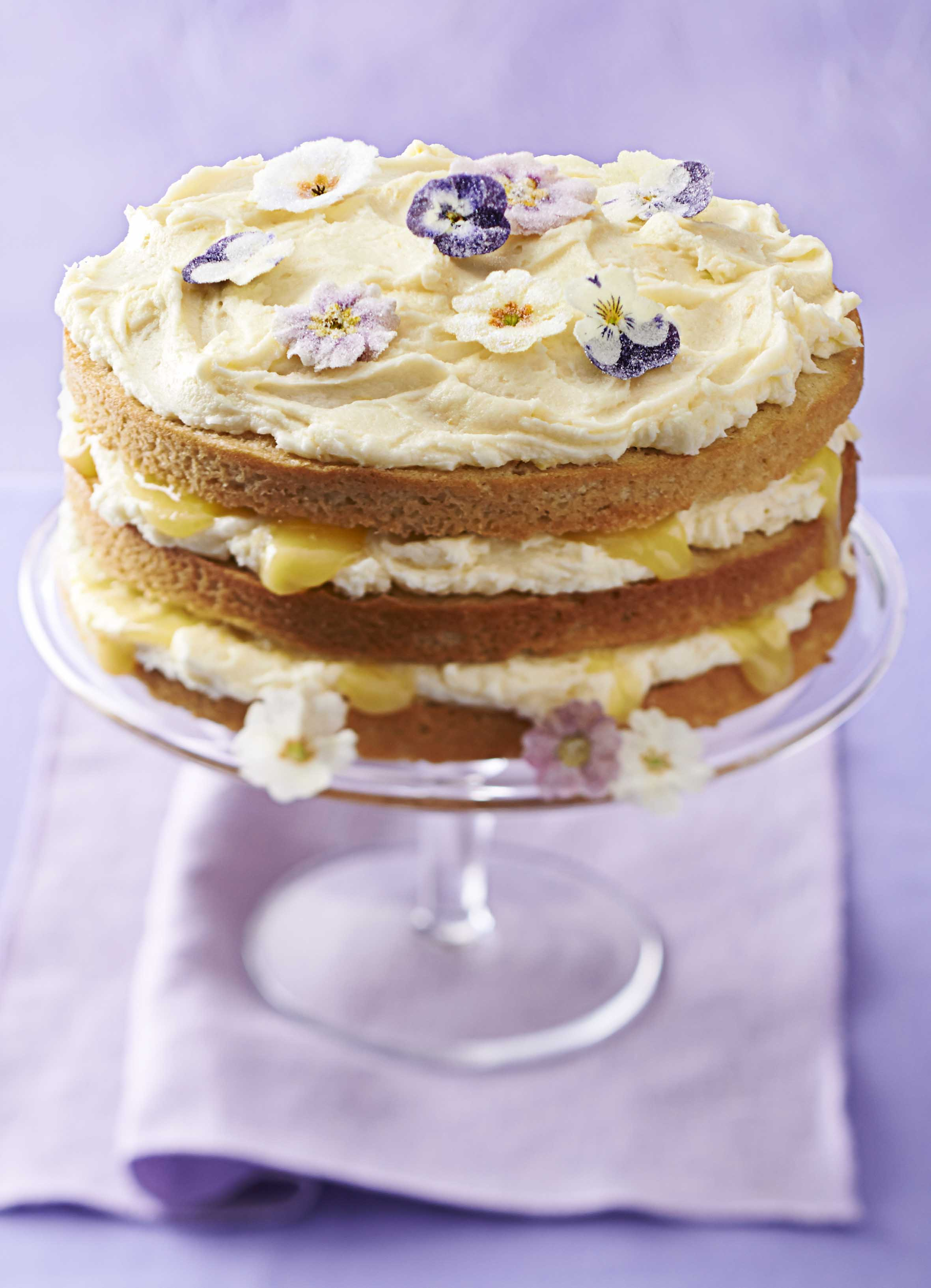 Lemon Layer Cake With Lemon Curd