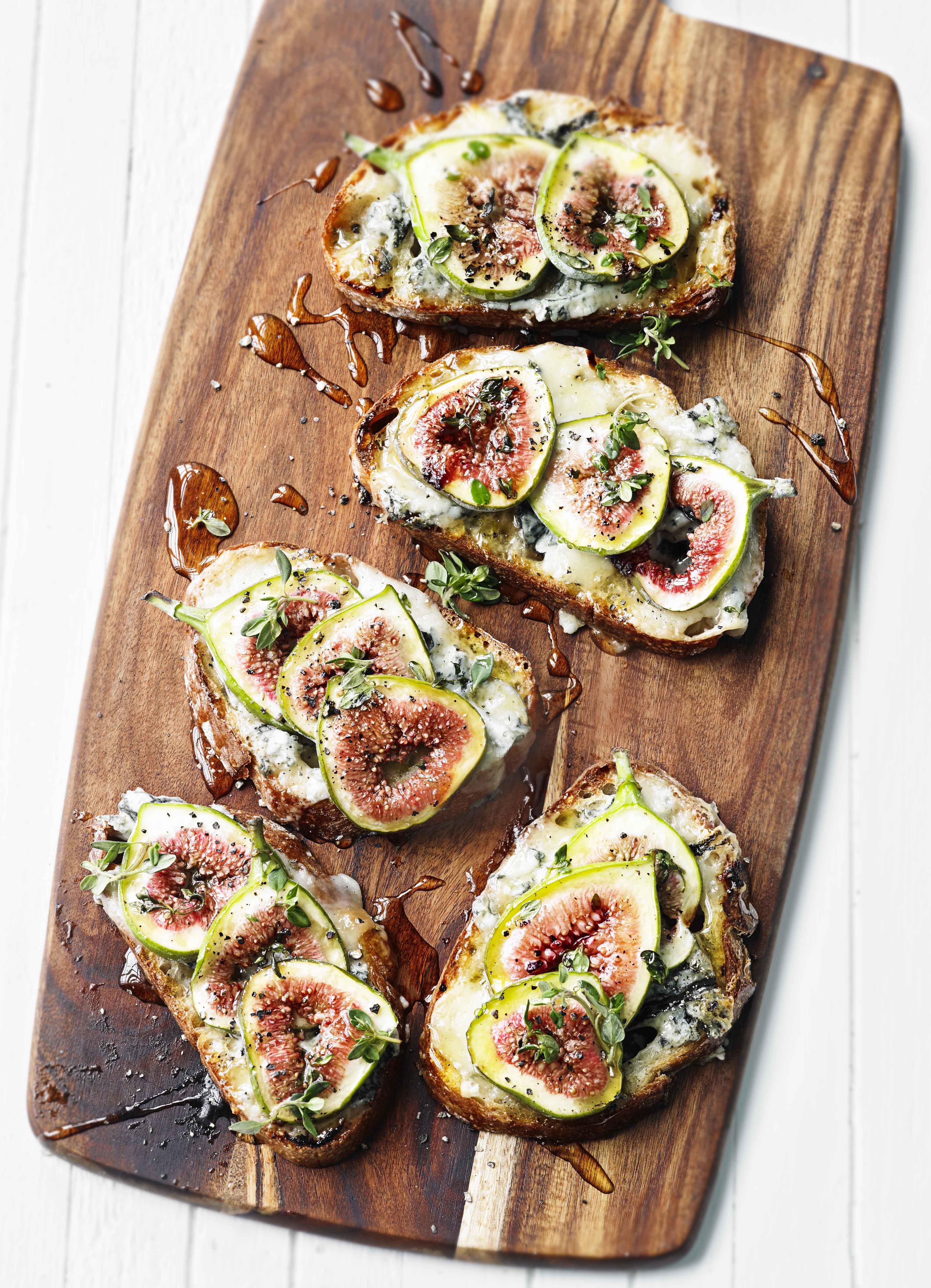 Tartine Recipe With Figs and Gorgonzola