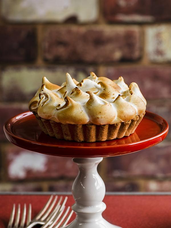 Dan Doherty's lemon s'mores meringue pie