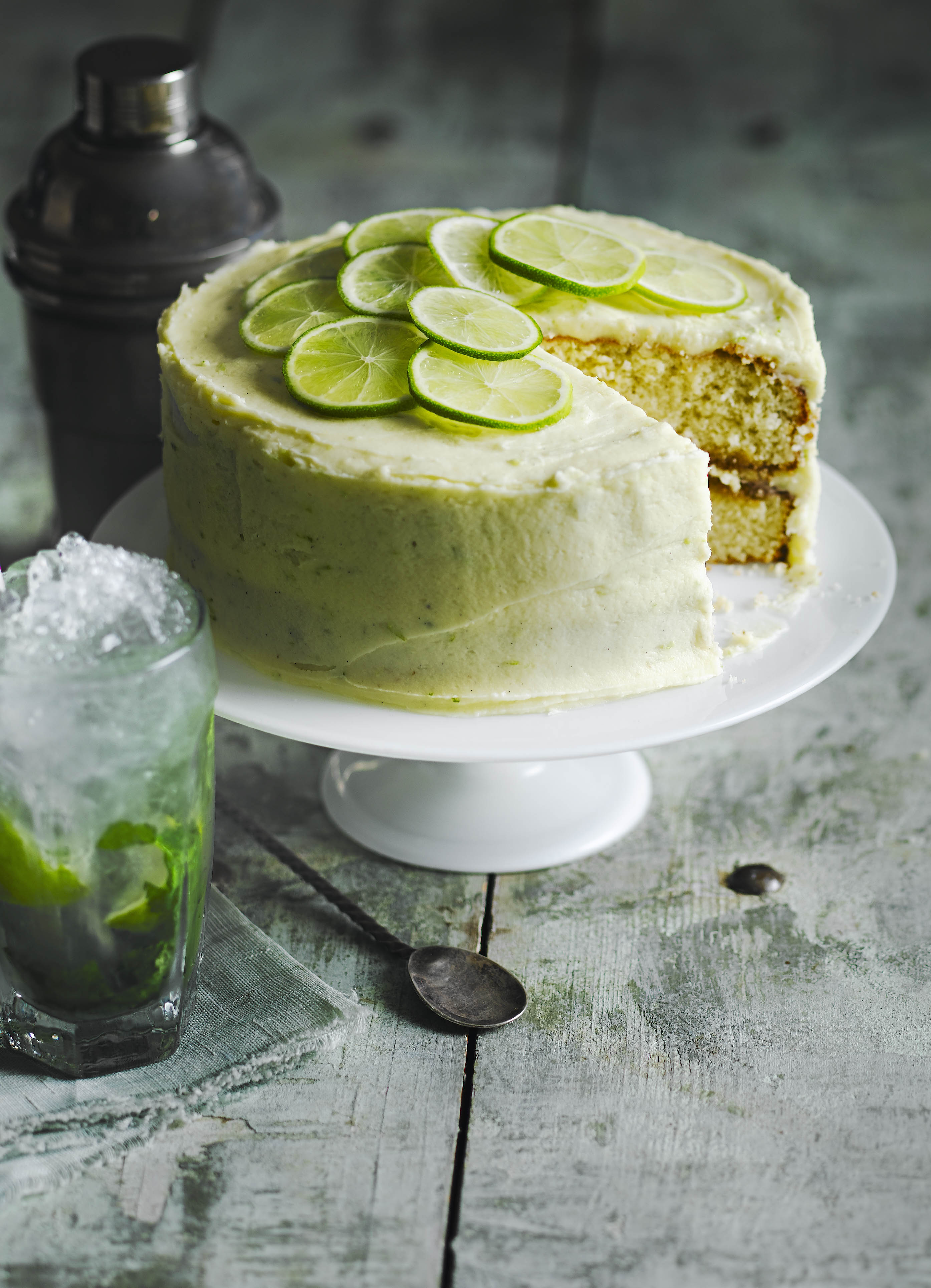 17 Best Alcohol Cake Recipes for Baking with Alcohol