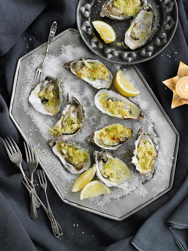 Grilled oysters with fennel and lemon butter