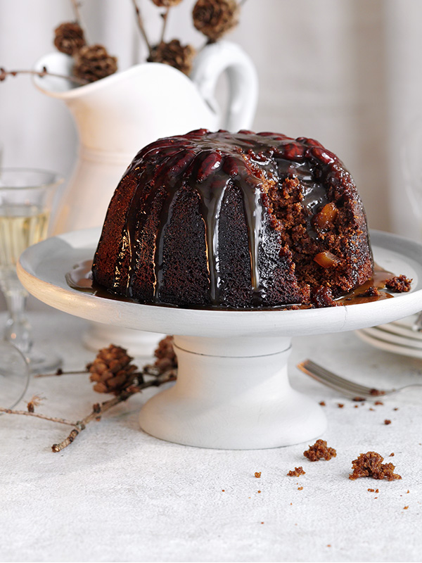 Gingerbread pudding with sticky toffee sauce