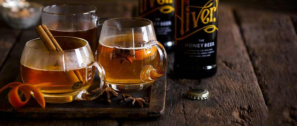 Hot spiced cider cocktail