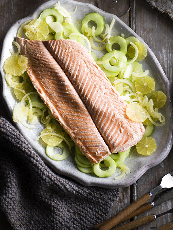 Tea-smoked salmon with cucumber and lemon