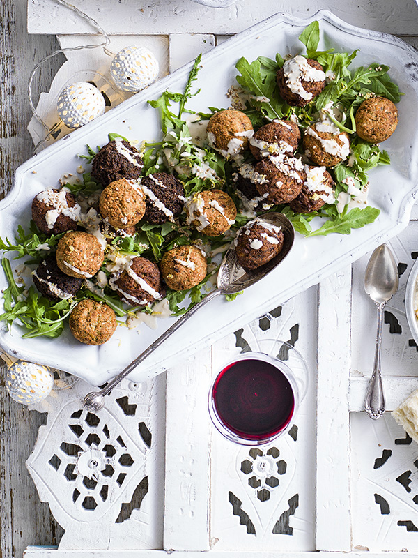 Sesame Falafel Salad Recipe With Tahini Sauce