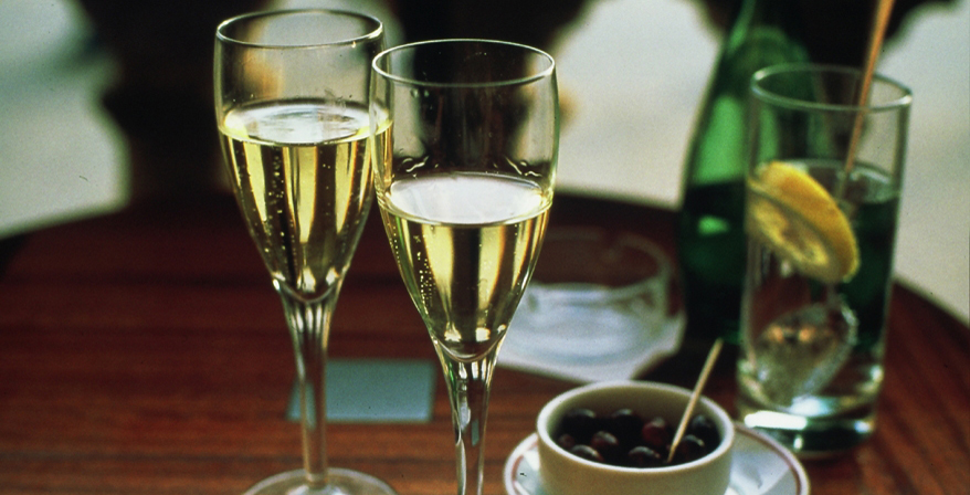 The ultimate guide to champagne