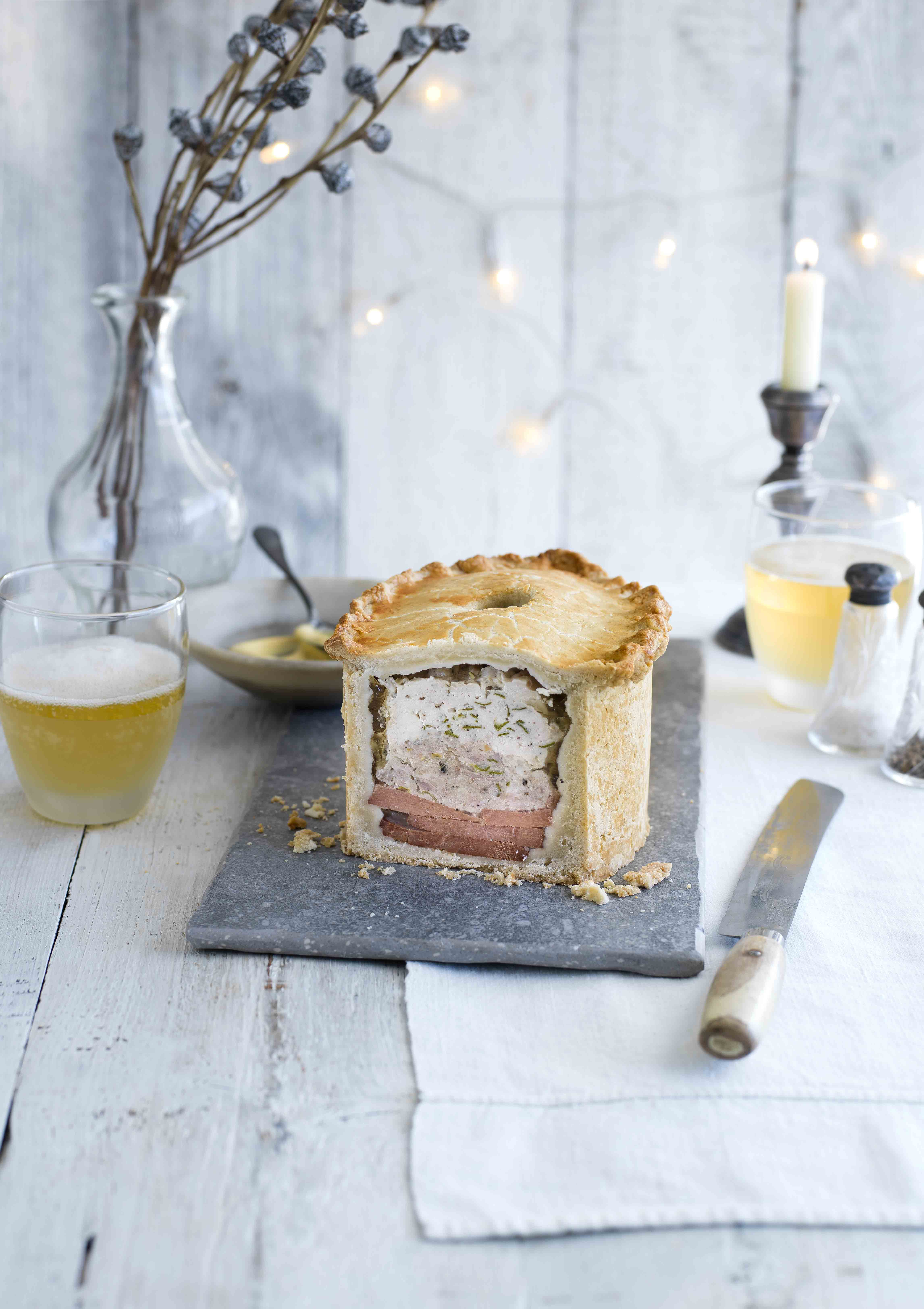 Turkey and ham raised pie