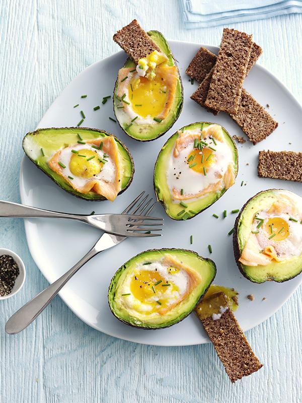 Baked avocado with smoked salmon and egg
