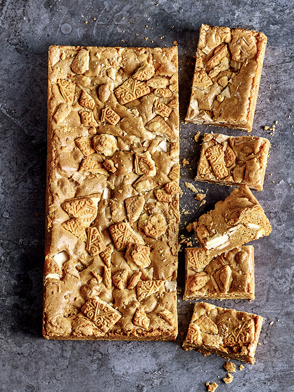 Custard Cream Blondies Recipe