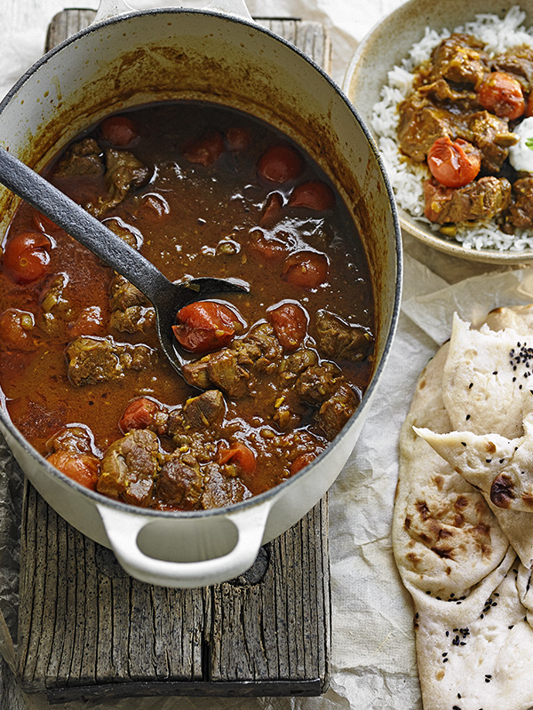 lamb curryLamb and tomato curry with mint yogurt