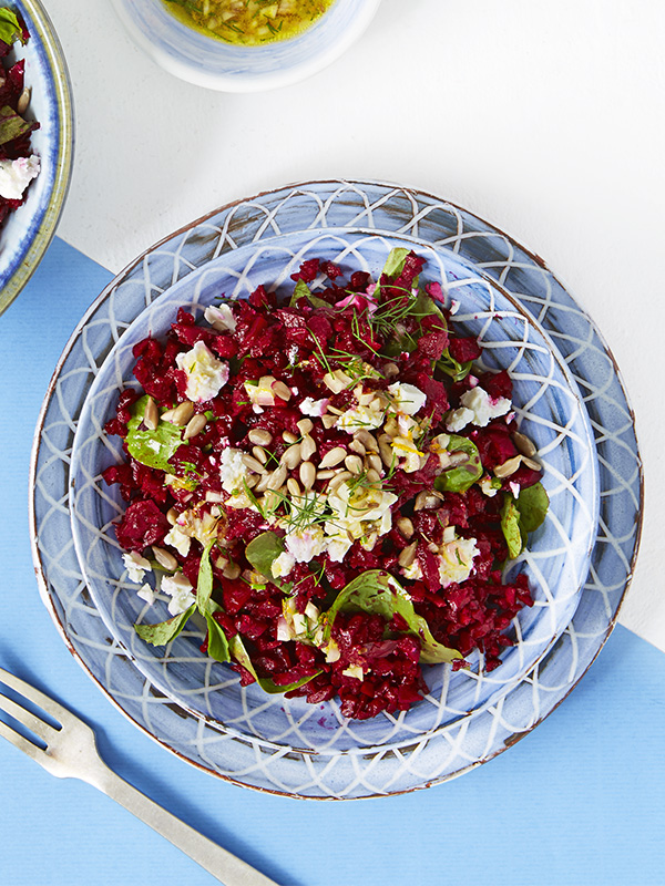 Beetroot rice with feta