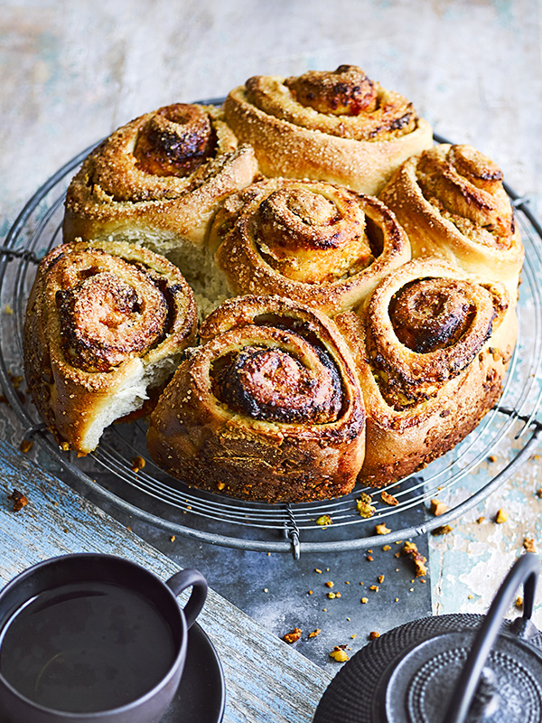 Sticky Buns Recipe with Apricot and Pistachio