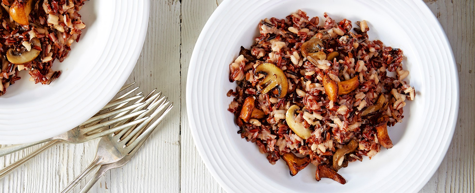 Wild rice & mushroom risotto with roast garlic