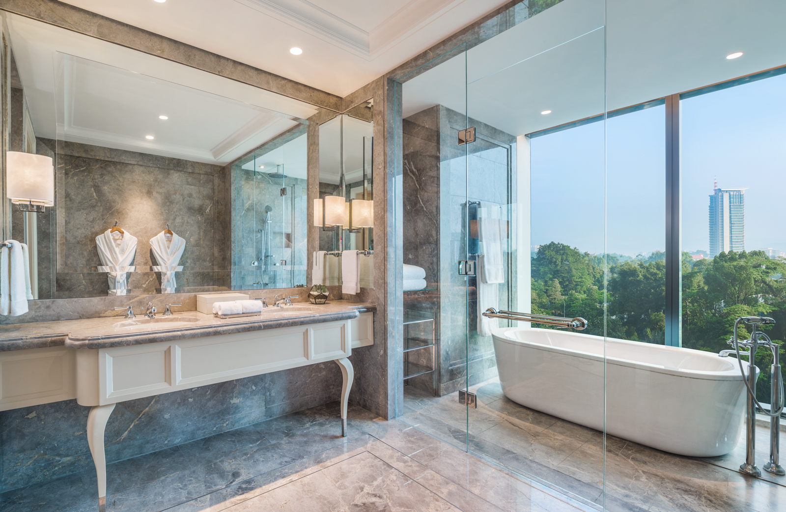 St. Regis Suite Bathroom (2)