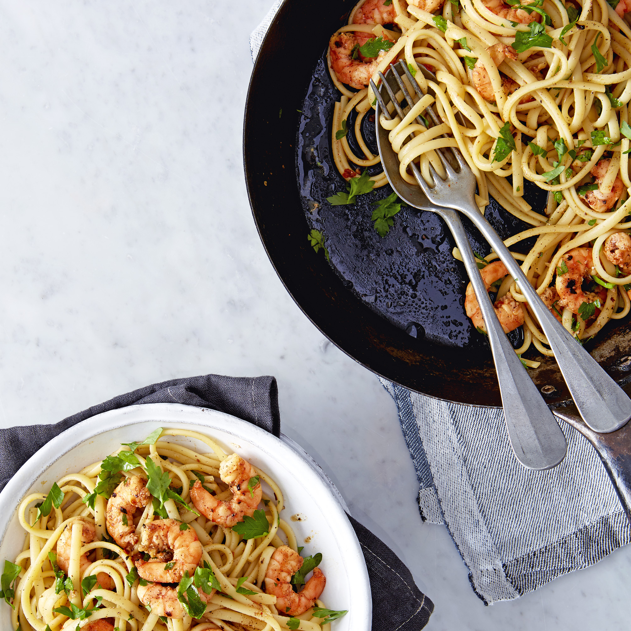Linguine with smoky paprika prawns