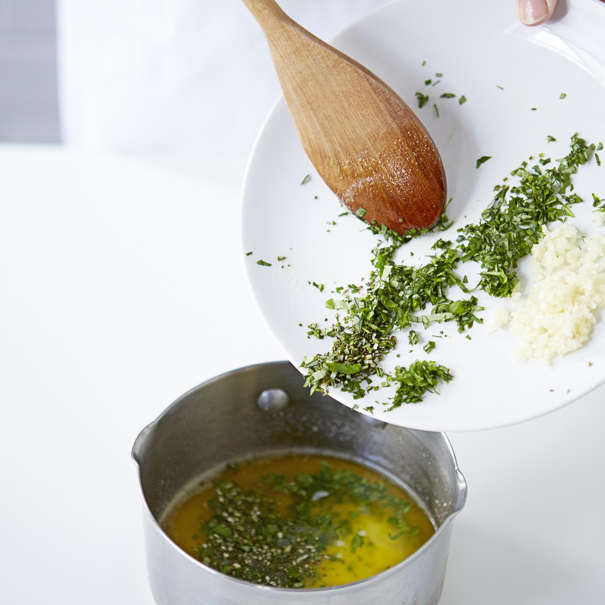 Cheesy garlic dough balls step 6