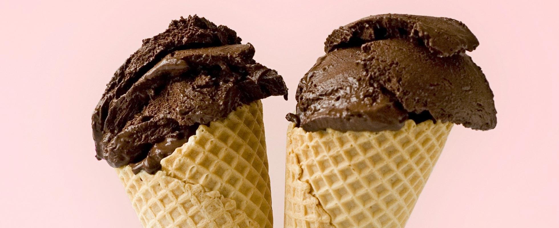 Bitter chocolate ice cream