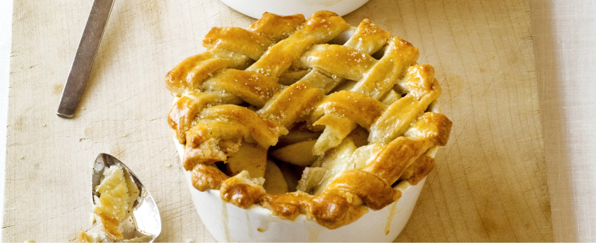 Spiced sugar crust apple pies