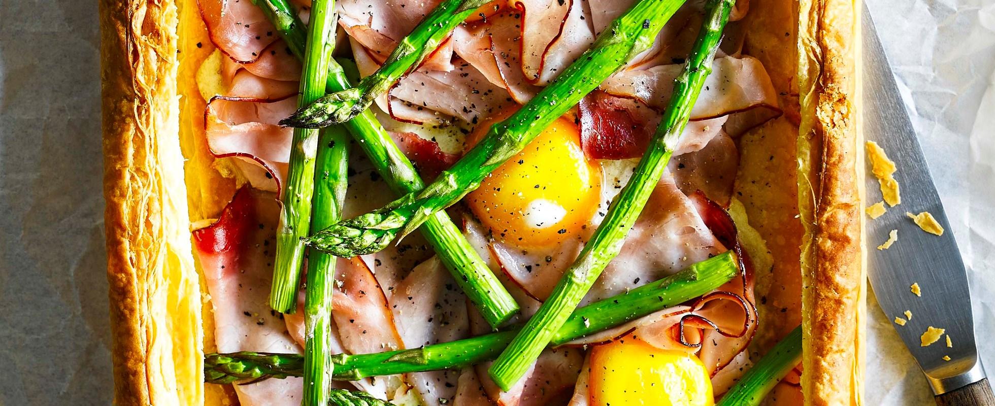 Ham, egg and asparagus tart
