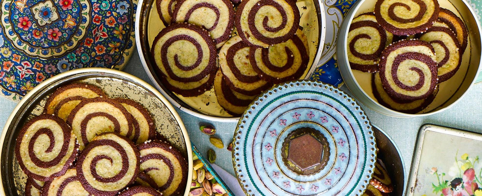 Pistachio swirl biscuits