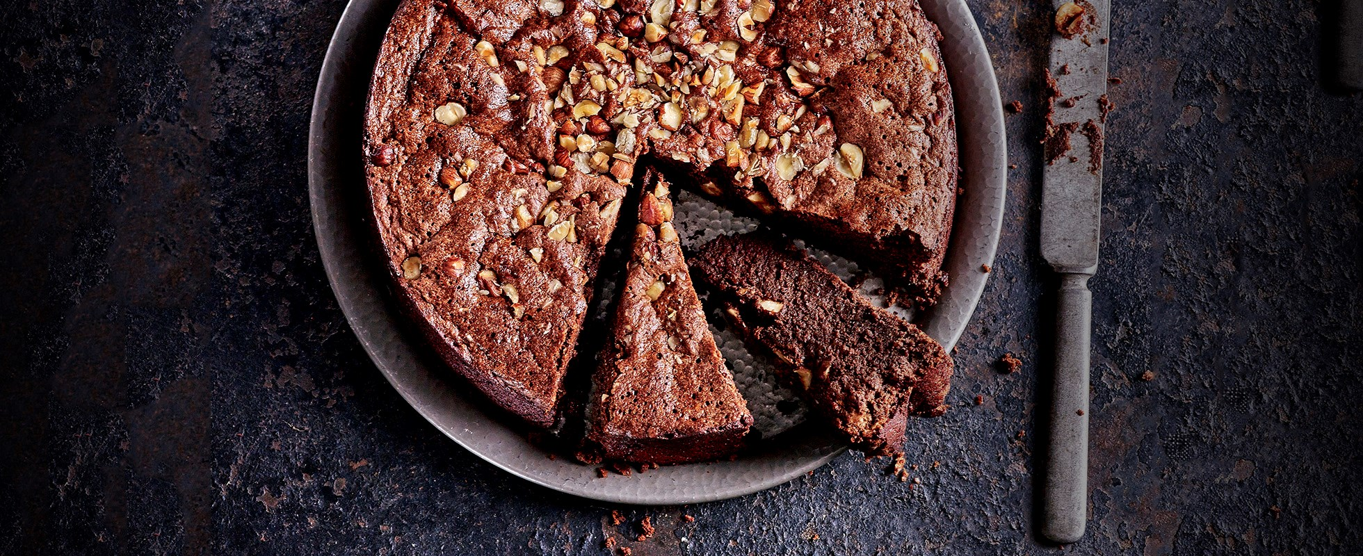 Sunken Nutella cake with Baileys cream