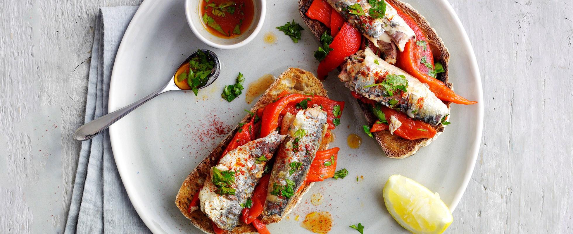 10-minute sardines and peppers on toast