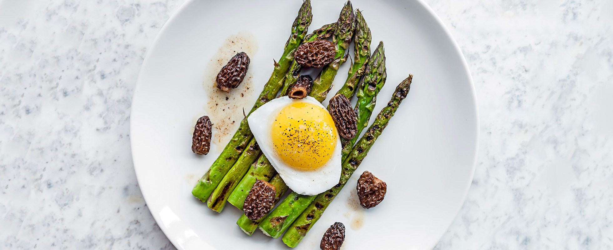 38 easy starter recipes for dinner party starters olive magazine our simple starter recipe for chargrilled asparagus fried duck egg and morels comes from noble rot in bloomsbury and makes a great quick veggie starter forumfinder Choice Image