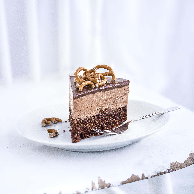 Milk chocolate and malt mousse cake