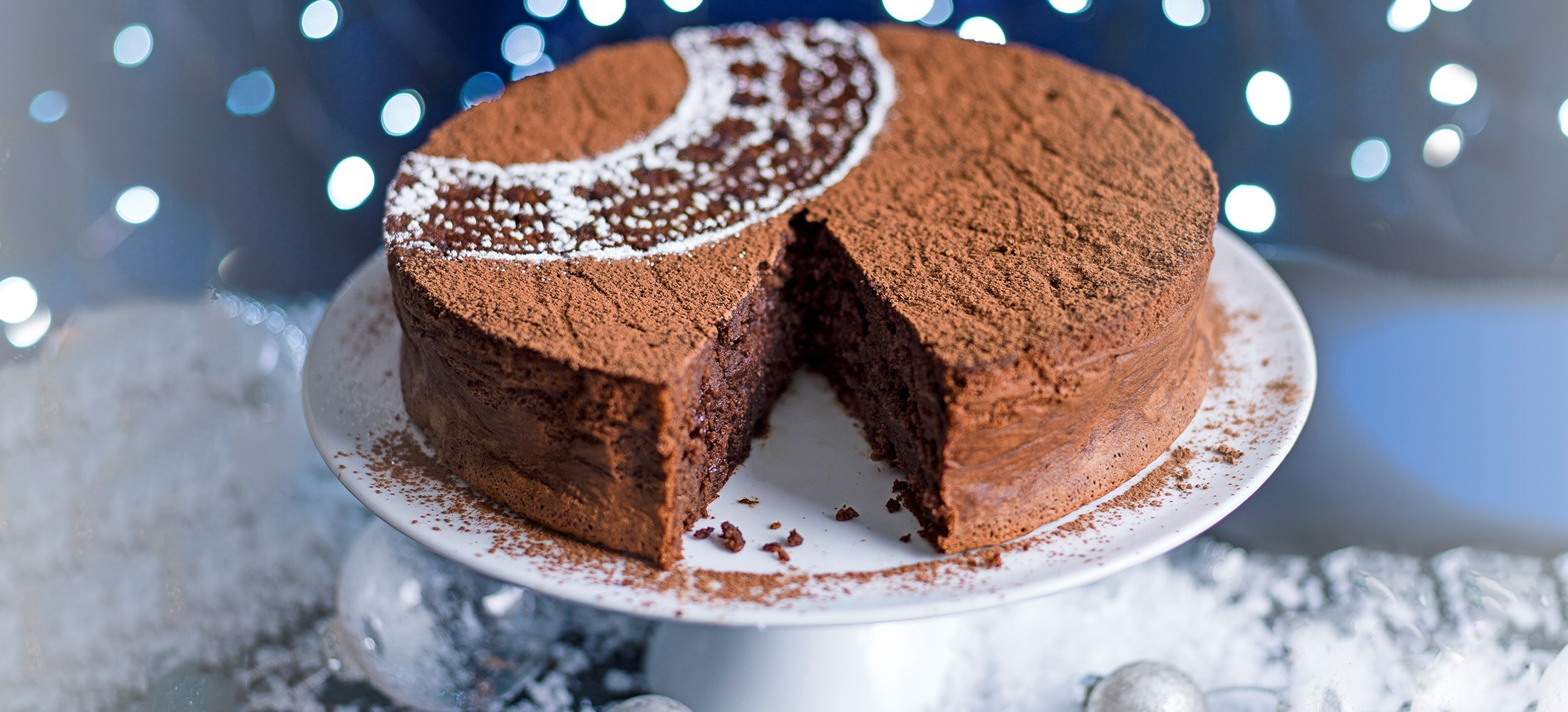 rum and raisin chocolate torte