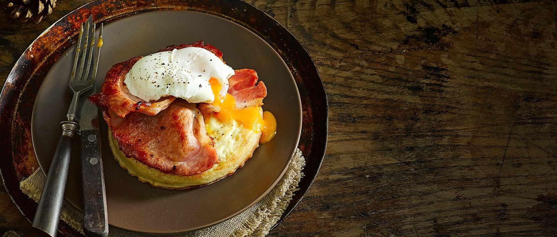 bacon egg crumpets
